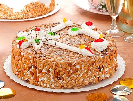 Tarta especial de piñones Zabala